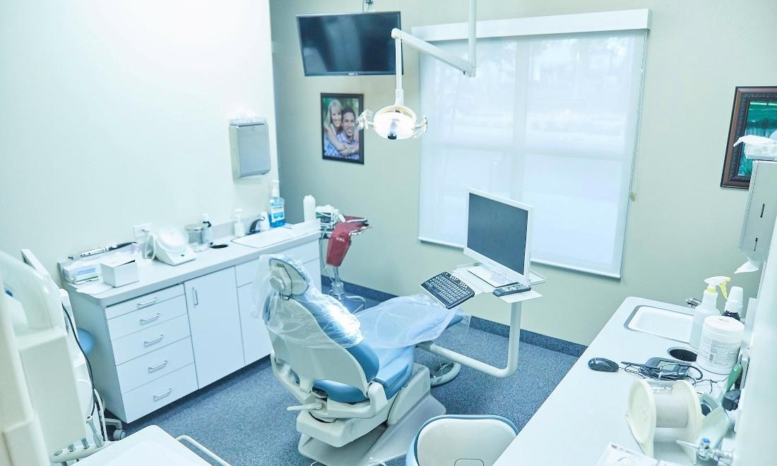 Friendly Dental Office in Fontana | Operating Room