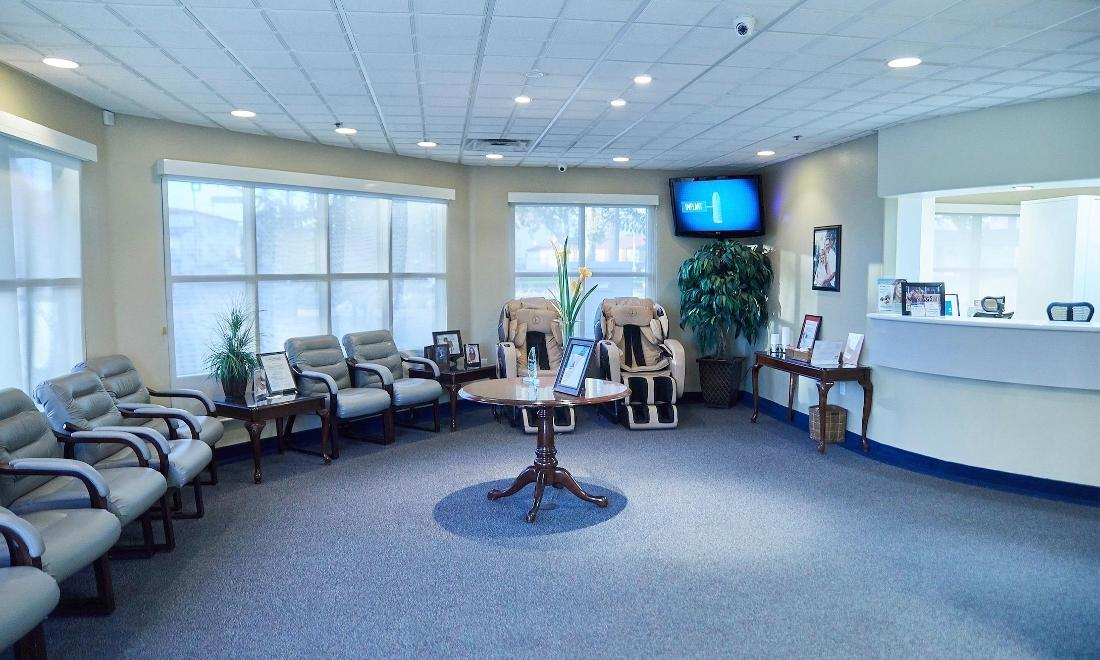 Friendly Dental Office in Fontana